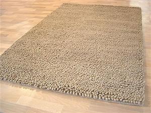 Chunky Wool Shag Rug Beige 165x115cm