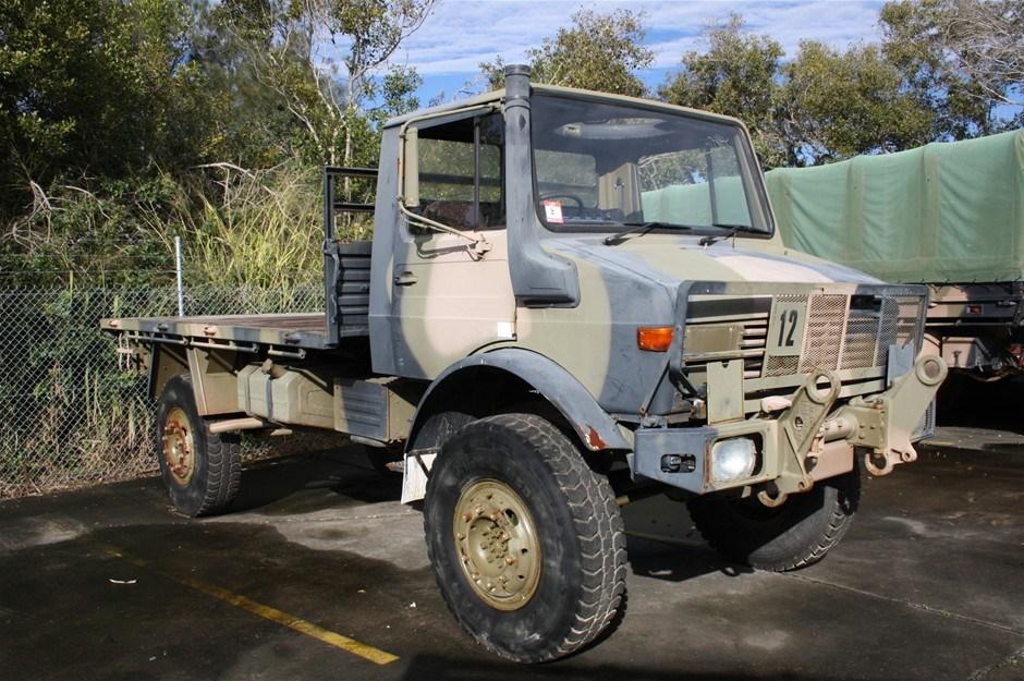 Mercedes Benz Unimog UL 1700L Flat Top 4x4 Truck - Not Operational 03/1983 Auction (0008-7003801 ...