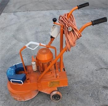 Trailer concrete grinders floor scrubber portable showers for Concrete floor scrubber