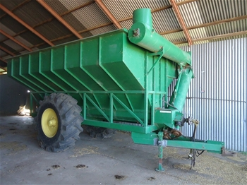 Westfield Self Propelled 51ft x 8 inch Auger