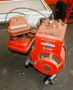 briggs and stratton 3hp engine auction 0069 9000115. Black Bedroom Furniture Sets. Home Design Ideas