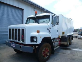 Water Truck 15,000Ltr International S Line S2600 GCM43000kg