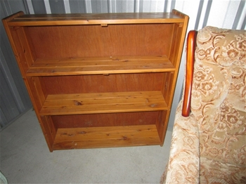 Entire Contents Of Overdue Storage Including Wooden Extending Dining Table Auction 0012