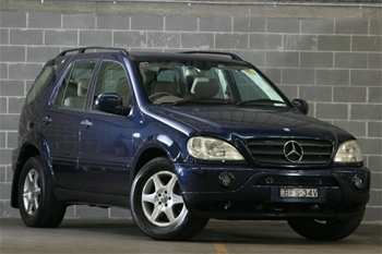 Vehicle model mercedes benz ml430 luxury w163 12 2000 7 for Mercedes benz 7 seater models